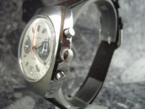 ブライトリング 2レジスター70年代手巻きクロノグラフデイト:画像3