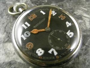 ジャガールクルト 懐中時計 ミリタリー コブラハンド スモセコ:画像1