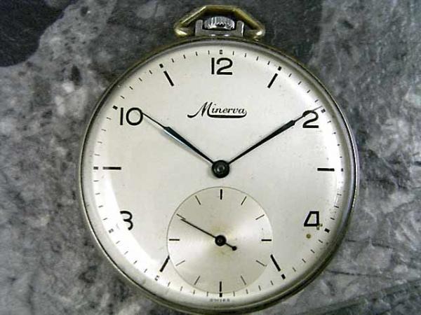ミネルバ 1940年代 懐中時計 ポケットウォッチ MINERVA