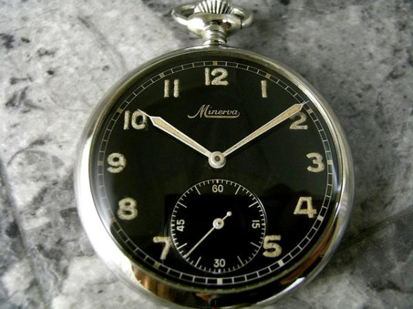 ミネルバ 1950年代 ミリタリー 懐中時計 ミラーダイアル MINERVA