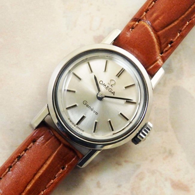 official photos 340f8 663a0 OMEGA・オメガ レディース アンティーク時計 ラウンド型 1963年 ...
