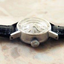 OMEGA/オメガ 18金無垢/18KWG レディース時計 カットガラス シルバーダイヤル 手巻き:画像2