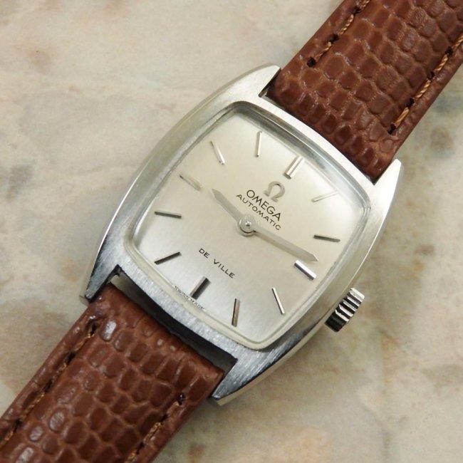 オメガ レディース トノーケース シルバーダイアル アンティーク腕時計