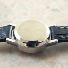 オメガ 金無垢 14KWG/ホワイトゴールド レディースウォッチ プリズム風防 自動巻き式時計:画像3