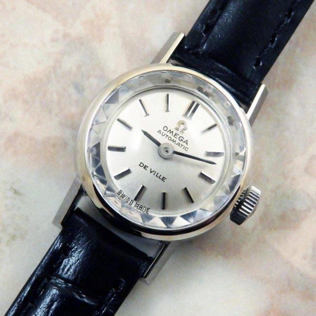 オメガ 金無垢 14KWG/ホワイトゴールド レディースウォッチ プリズム風防 自動巻き式時計