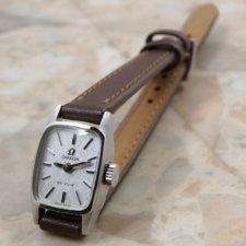 オメガ アンティーク時計 レディース シルバーモザイクダイヤル:画像1
