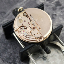 OMEGA アンティークウォッチ 1970s 希少 ブラックダイヤル メンズ 6時デイト:画像5