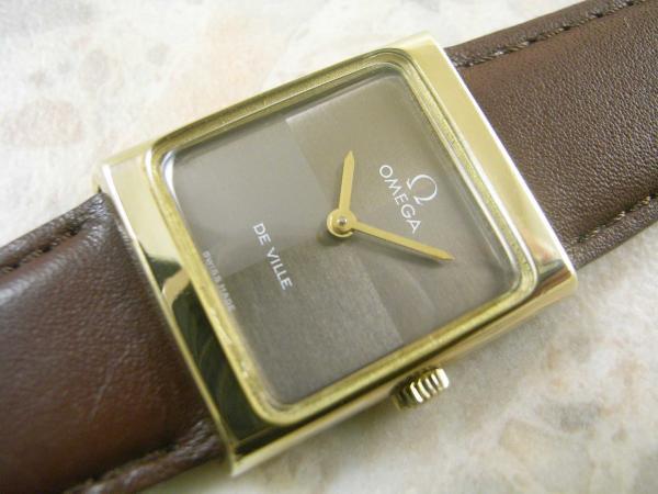 OMEGA レディースサイズ アンティーク時計 スクエアケース
