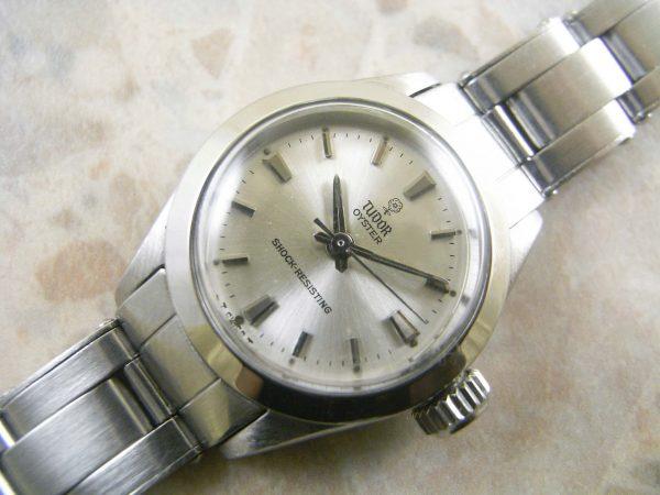 チュードル(TUDOR) オイスター 小バラ  レディースサイズ アンティーク 時計