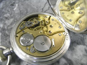 ゼニス ファーブル・ルーバ 銀無垢 瀬戸引きローマンダイアル バイメタル切りチラネジテンプ 懐中時計:画像2